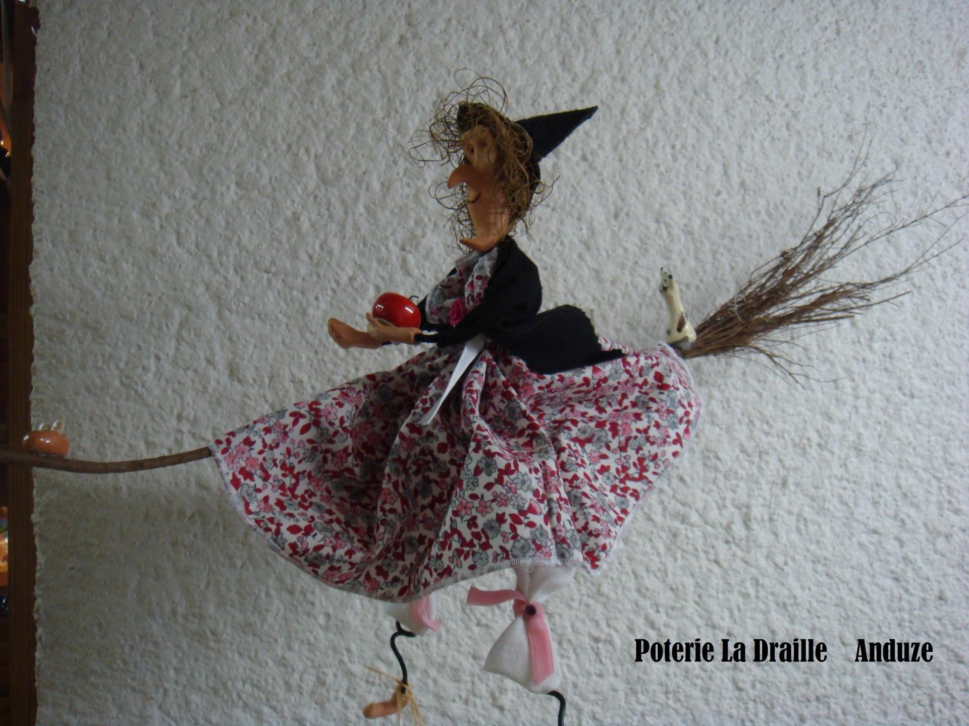 Petite sorciere n 1 rose